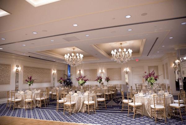 Huntington-Ballroom-Colonnade