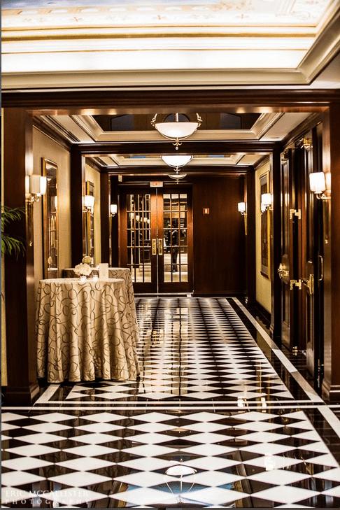 Huntington-Foyer-Colonnade